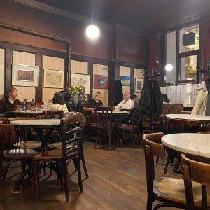 Jó reggelt Bécs! #bécs #becsifekete #vienna #wien Café Hawelka