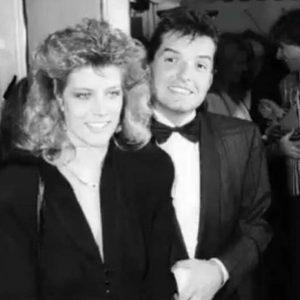 Falco mit Isabella!😍😍🥺 • • #falco #falcoforever #wien #österreich #vienna #austria #hanshölzel #johannhölzel #hansihölzel #derfalke #falken #falcoarmy...