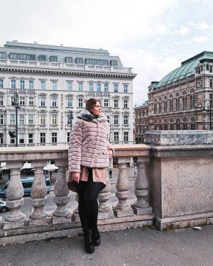 Wien ❤️ . . . #austria #wien #albertinamuseum #albertina #wienmuseum #building #smile #travelling ...