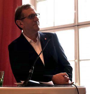@mqwien Jahres-Pressekonferenz 2020 MQ Jahres-PK: @MQ #Libelle, Bilderbuch, Performance Passage, #SpaceofUrgency Donnerstag, 16. Jänner 2020 Als Gesprächs...
