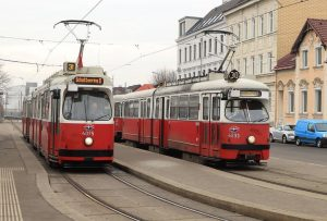 2 cars of Wiener Linien's E classes at Stammerdorf. 4075 is a E2, built in October 1987,...