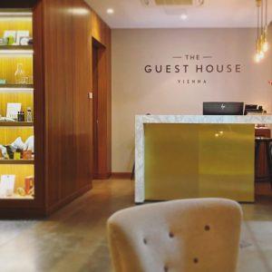 Vienna calling or Vienna sleeping? #hotel #travel #hotels #austria #vacation #holiday #wien #vienna #love #design #interior #hospitality...