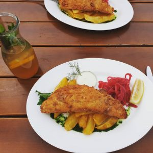Fish&Chips with homemade ice tea #essengeheninwien Corbaci