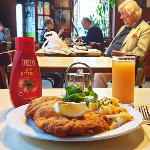 When in Wien ... Wiener schnitzel of course!! 😉 In this local cafe I had one of...