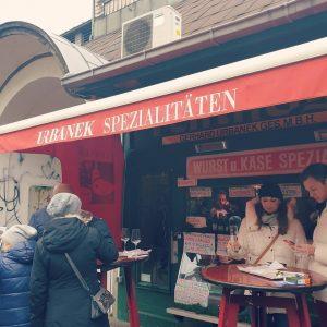 Ausflug mit den Mädels am Naschmarkt! Schön wars 😘😘 danke! #vienna #wien #naschmarkt #xoxo #freundefürsleben #friends #likeforlike...