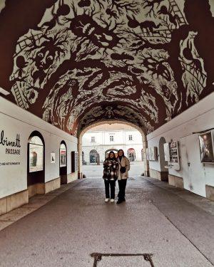 Темный лес 🙈🙈🙈 MQ – MuseumsQuartier Wien
