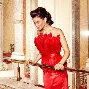 Red pasion in new collection Silk skirt and feathers top KERSTIN LECHNER @traxler_julia @kirstenkunze @jessylangmakeup @juwelierheldwein @imperialvienna...