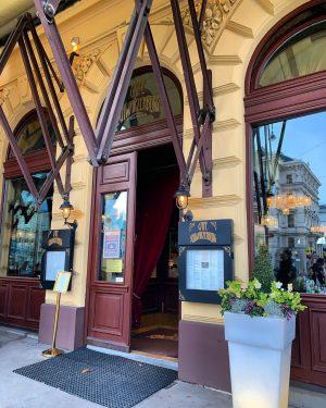 #Café #kaffeehaus #schwarzenberg #wien #vienna #walking #spazieren Cafe Schwarzenberg