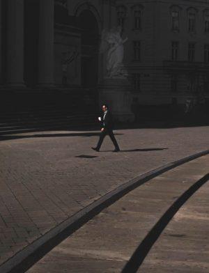 #sublimestreet #street_is_life #femalephotographers #myfeatureshoot #lightcatcher #lightandshadow #shadowhunters #vienna #wien #streetsofvienna #streets_in_motion #people #friendsinstreet ...