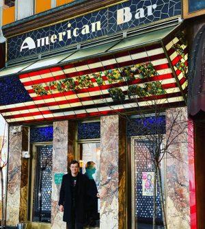 Australian in Austria at American Bar mit German. #adolphloos Loosbar