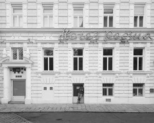 #vienna #wien #city #wienstagram #stadtwien #vienne #viennese #igersvienna #igvienna #citykillerz #streetstories #streetphotography #streetphoto #streetdreamsmag #bw #bnw #blacknwhite...
