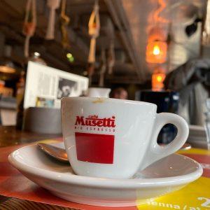 #espressoammorgen #frühstückmitkaffee #caffemusetti #vienna #museumsquartier #25hourshotelvienna 25hours Hotel beim MuseumsQuartier