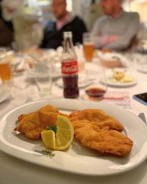 Welcoming Vienna visitors (sometimes) means giving them a taste of local delicacies. What better a place to...