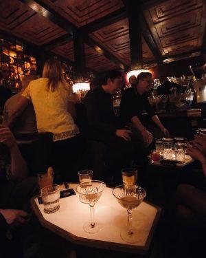 On Mondays i prefer my expresso in Martini #vienna #springinthecity #expressomartini #americanbar Loosbar