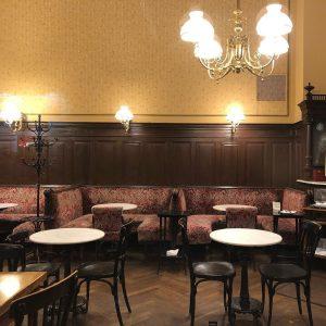 #cafesperl #wien #vienna #nofilter Café Sperl