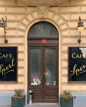 #jungseurope #jungsvienna Café Sperl