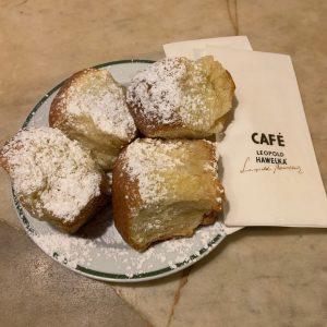 When in Vienna....Buchteln! Café Hawelka