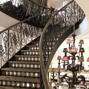 階段を上がりながら。降りながら。#stairs #階段 Gerstner K & K Hofzuckerbäcker