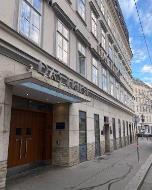 Wir sind bereit für die Pressekonferenz der Amadeus Austrian Music Awards 2020 und ...