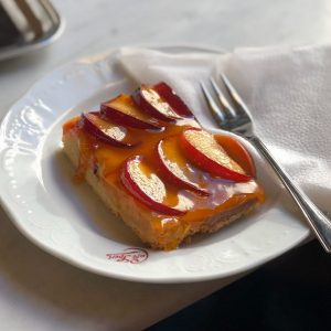 VIENNA — A plum cake of my dreams at one of the finest ...