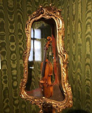 #visitingstrauss🎻 @wienmuseum @viennaphilharmonic #musicinvienna #esgibtimmerwaszuentdecken #wienermuseen #igersaustria #igersvienna #johannstrauss #johannstrausssohn #wienerwalzer Wien Museum ...