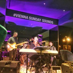 Umwerfend sympathisch. @babseamusic Grosse Stimme, ein musikalisches Fest - wow 👏🤩 Am 12.3. gibts das nächste Konzert...