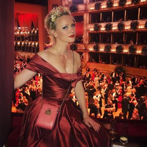 Thank you Wiener Opernball for a great night ❤️💋✨🙌🏻👑 ... @barbarameier and Klemens Hallmann for a fantastic...