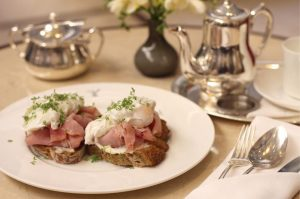 Who's looking forward to a sumptuous breakfast this weekend? 🤩 #palaishansenkempinski #kempinski #kempinskivienna . . . #hotel...