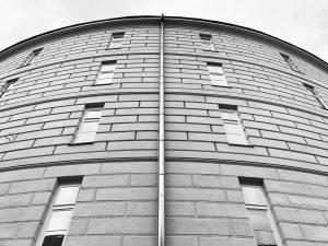 ещё одно интересное место в вене - башня сумасшедших. в 1784-м здесь была открыта психиатрическая лечебница, первая...