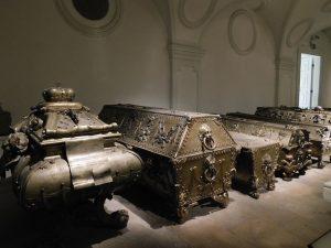 The Imperial Crypt in Vienna #kaisergruft #crypt #habsburg #vienna #wien #travelgram #darktourism #tomb Kaisergruft