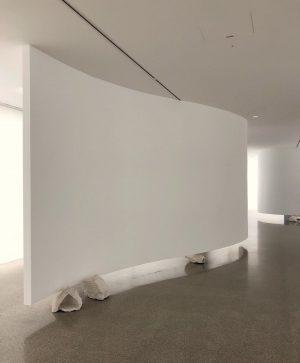 Reorientation of perception @ute.mueller . . . . #mumok #artwork #artistsoninstagram #artist #artoftheday #museumlover #muesemquartier #blank #white...