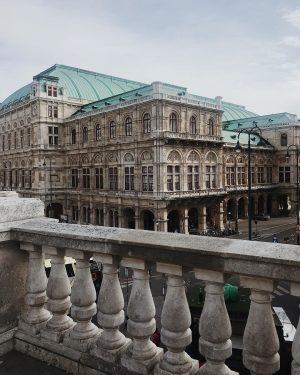 Wien 🇦🇹❤️ ⠀ ⠀ #austria #wien #vienna Albertina Museum