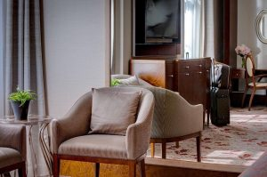 Our elegant rooms invite you to sit down and enjoy the Viennese flair! ...