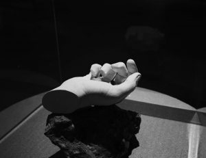 Lend a helping hand MAK - Museum of Applied Arts