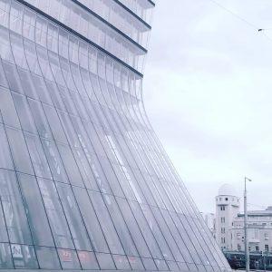 . . . #mnml #architecturephotography #vienna_city #monochromatic #minimalism42 #gominimalmag