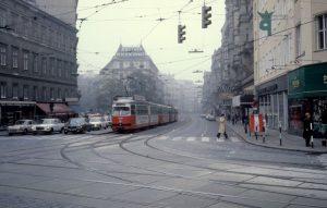 ❗️Mitraten! Wien, 1978, Ecke... 🤔 Hinterlasse deinen Tipp als Kommentar! 👇 Foto: Kurt ...