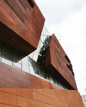 • Outside | Teaching Center, BUSarchitektur . . . #wien #vienna #wirtschaftuniversität #campus #university #architecture #building #modern...