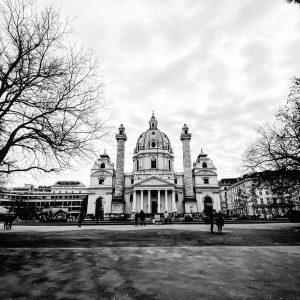Eine meiner Lieblingskirchen in Wien. Welche ist eure? ☺️ . #viennamelancholia . #wien #vienna #igerswien #igersvienna #igersaustria...