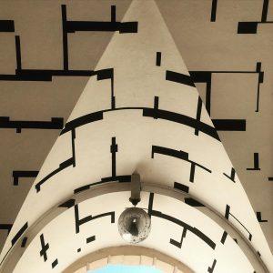 ceiling #ceilingdesign #ceiling #mirrorball #2d3d #museumsquartier #vienna MQ – MuseumsQuartier Wien