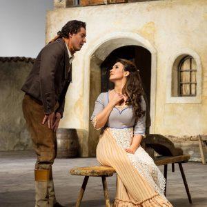 Gerade in diesen Zeiten brauchen wir ab und zu auch eine Oper mit Happy End: L'ELISIR d'AMORE,...