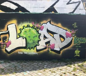 """Load"" - das neue Corona - Graffiti am Donaukanal (Höhe Rossauer Brücke) in Wien. . . ...."