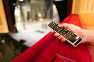 Wir haben das Streaming-Programm für Sie bis zum 13. April verlängert und bringen jeden Abend eine Oper...