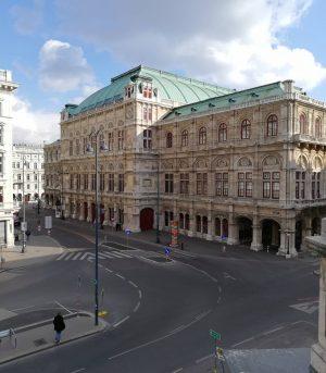 Still empty streets of Vienna... 🤩🥰#wienerstaatsoper #vienna_austria #oesterreich #austria #visitaustria #wien #vienna #stadtwien ...