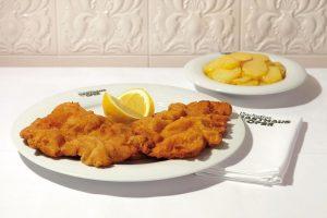 Endlich können Sie den beliebten Klassiker wieder genießen, unser Original Wiener Schnitzel vom Kalb 🍴Jetzt auf unserer...