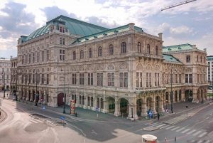 Empty places in Vienna. Staatsoper Wien #staatsoper #opera #operahouse #wien #vienna #city #austria ...