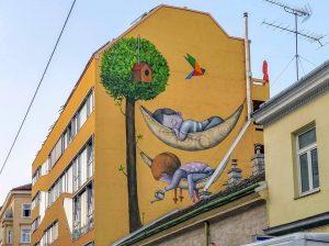 Missindorfstraße 10, 1140 Artist: @seth_globepainter 'Gemeinschaftsbaum' curated by @callelibre www.viennamurals.at Book / Online Map / Blog #withlocation...