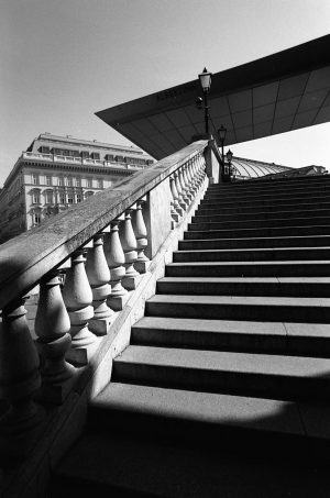 WIEN - not in the picture: a young woman in sports outfit, running the stairs up and...