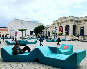 Die Enzis sind aus dem Corona-Schlaf erwacht! #museumsquartier #mqvienna #mq #enzis #newnormal #postcorona MQ – MuseumsQuartier Wien
