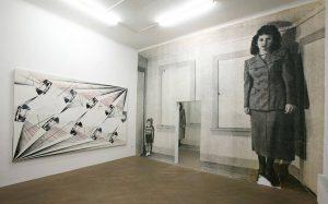 #ArtworkOfTheDay:Tillman Kaiser, Habitación Retorcida, 2009 Family life can be quite challenging in Corona ...