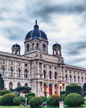 We are looking forward to re-opening #kunsthistorischesmuseum #vienna on Saturday, 30 May 2020! 🤗 We will be...
